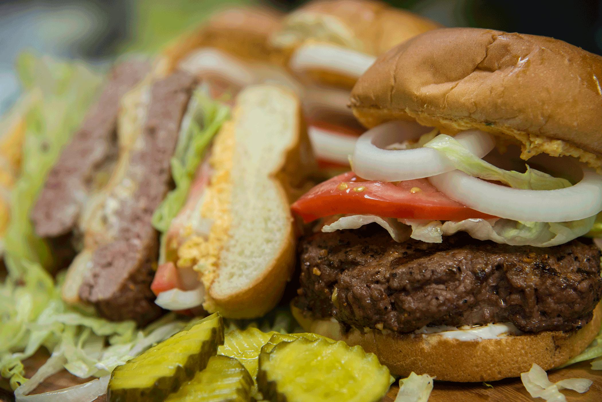 Twistd_Q_Bangin_Chophouse_Burger_with_pub_cheese_recipe